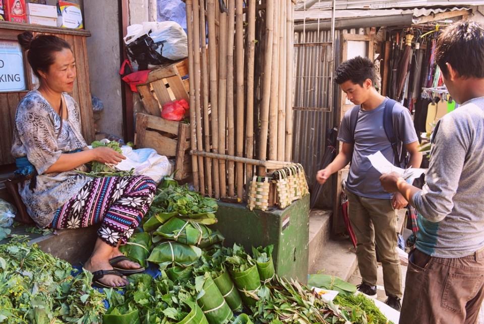 At Thakthing Bazaar, Aizawl