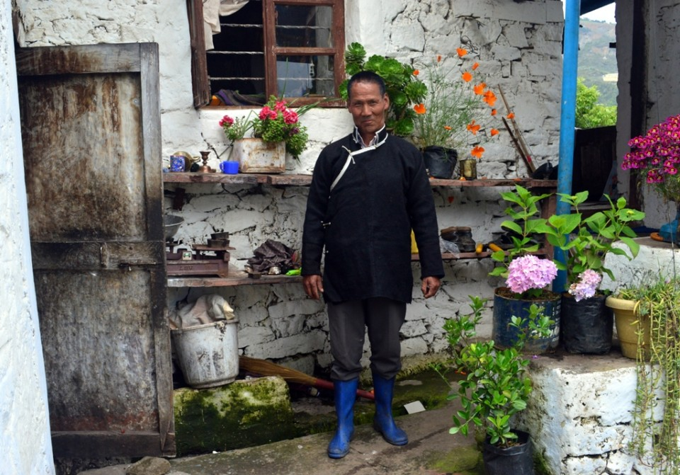 Tsering Topgey at home in Gomkhang