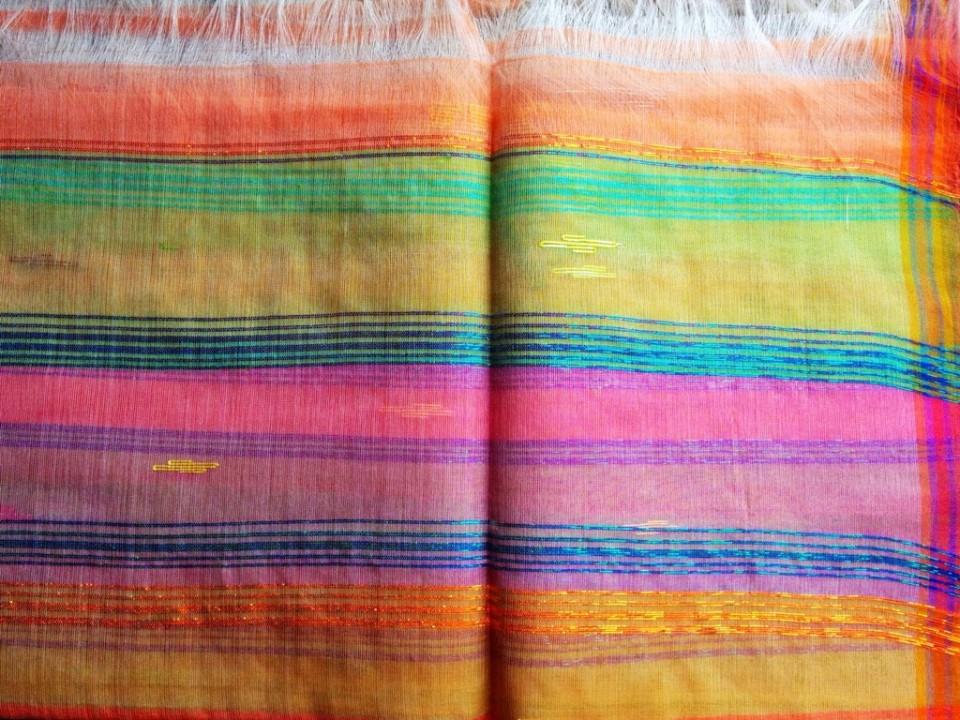 Rani Phi shawl detail